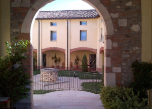 arco ingresso chiostro