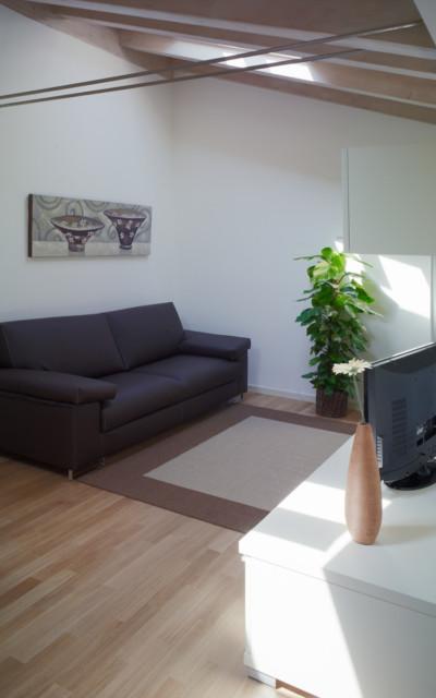 salotto appartamento 203