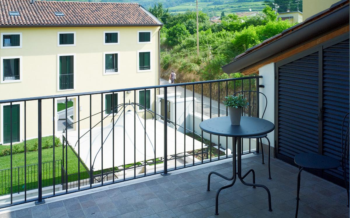 terrazzo appartamento 205