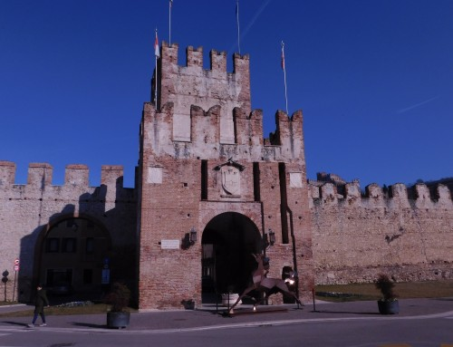 the Market of Antiques in Soave