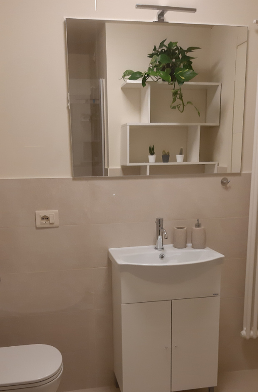 bathroom with shower L3