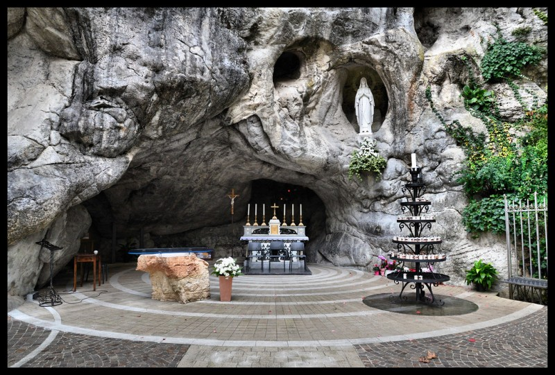 grotta lourdes